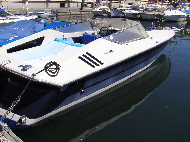 Deep V Deck Boat Legend Bass Boat Tour Youtube Boat